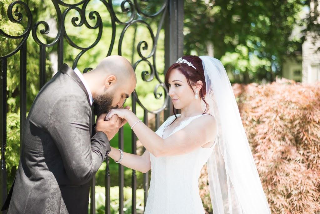bride and groom. wedding photography
